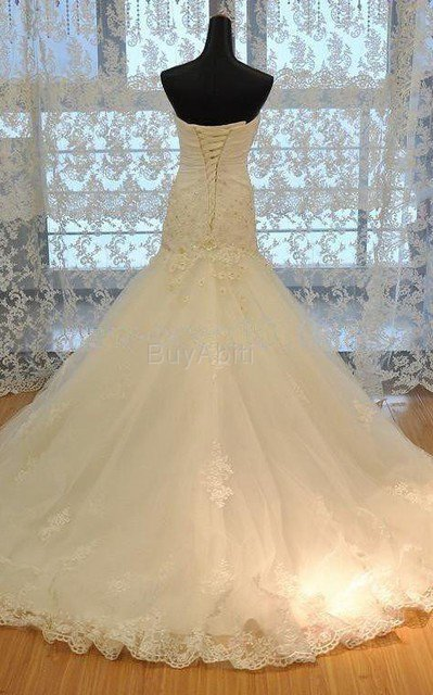 Abito da Sposa in Pizzo in Organza in Raso con Increspature A Terra